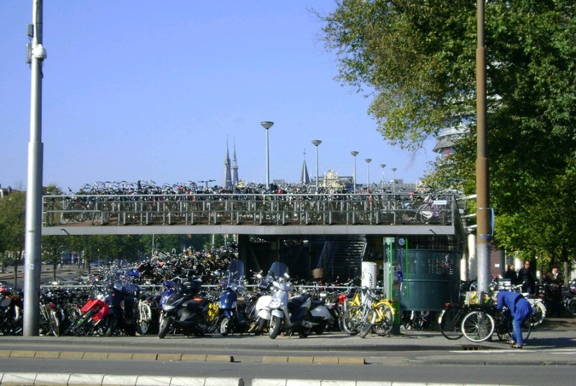 _Amsterdam_Cyclist_Park